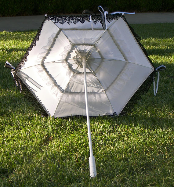 KC Dragonfly - Wedding Mae West Parasol - black and white - top interior