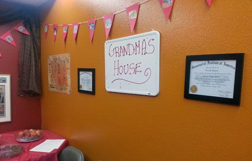9-A-Rolling-Stone-wall-of-grandmas-house