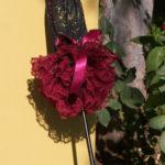 KC Dragonfly – Burgundy Boudier parasol – standing