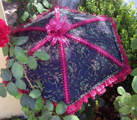 KC Dragonfly - Burgundy Boudier parasol - top