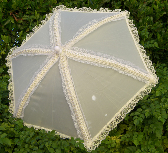KC Dragonfly - Wedding Basic Off White parasol - top