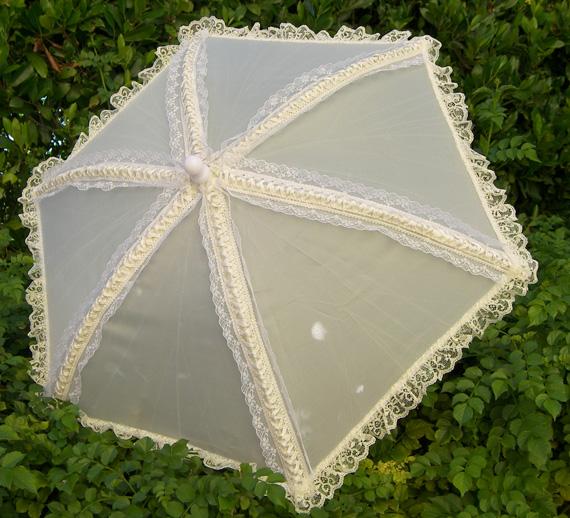 KC Dragonfly - Wedding Basic Off White parasol - top